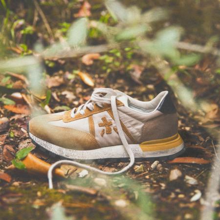 Premiata Johnlow Sneakers - Beige/Ochre
