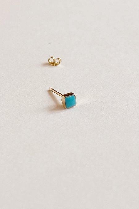 Mociun Single Square Stud - 14 kt gold/Turquoise