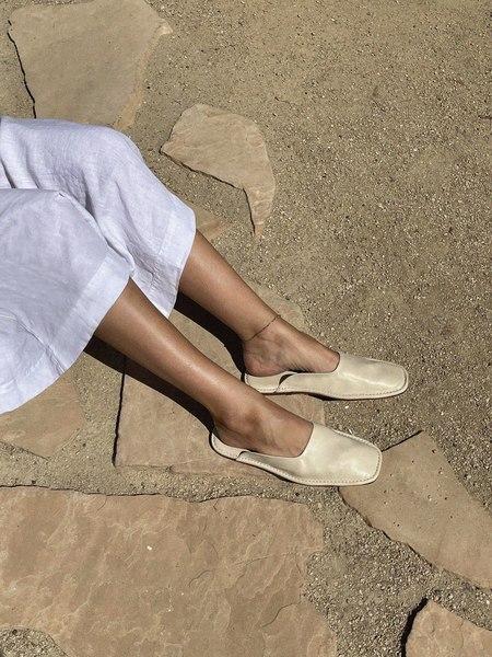 LOQ Descansa House Slides - Sand