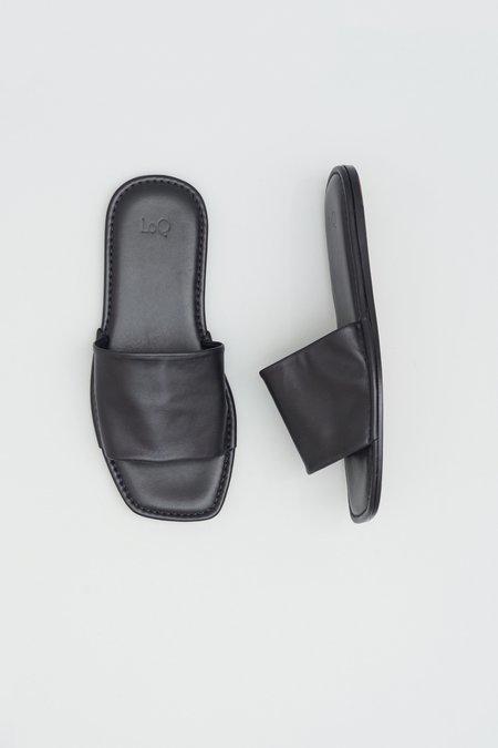 LOQ Sueño House Slides - Black