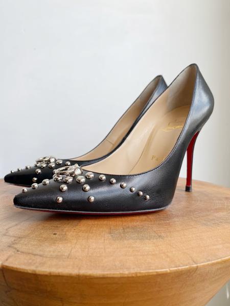 Pre-loved Christian Louboutin DOOR KNOCK STUD STILETTOS heels - black