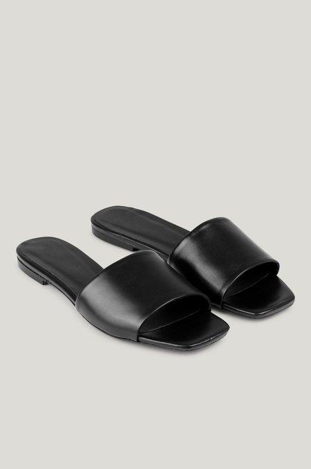 Just Female Riga Leather Sandal - Black