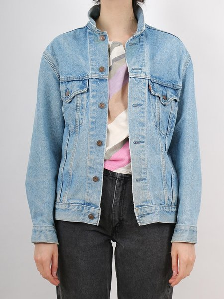 Vintage orange label levi's trucker style jean jacket - light/medium wash denim