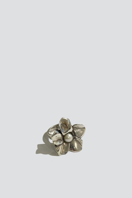 Vintage Pearl Flower Ring - sterling silver