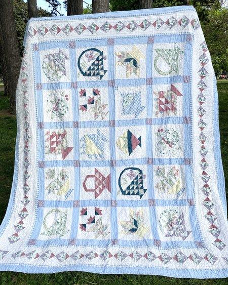 Vintage Ardith 1940s Fruit Basket Patchwork Quilt - Blue