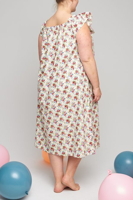 Eliza Faulkner Plus Party Nightie - Garden Floral