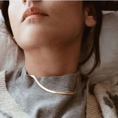 Gem & Blue Woven Chain Necklace - Gold