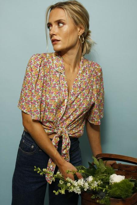 FRNCH BARCELONA FLORAL TIE FRONT TOP