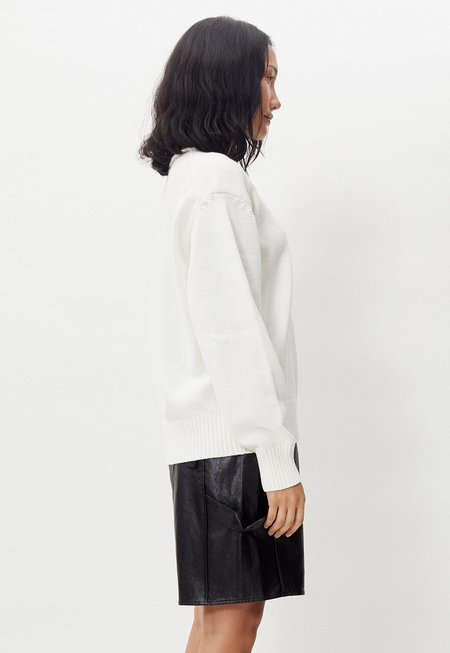Another Rolling Knit - White