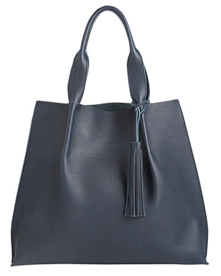 Oliveve maggie tote in black pebble leather with leather tassel