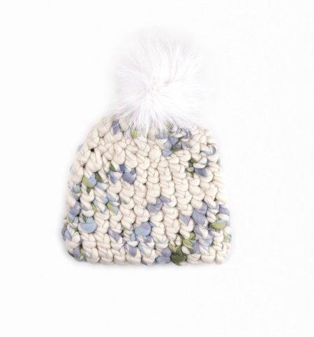 Mischa Lampert store bluebell pomster beanie - Arctic grey