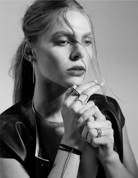 Carrie Hoffman Mini Bar Studs Earrings - Gold