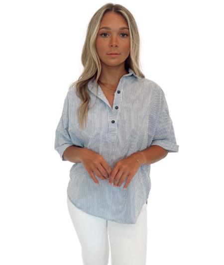 a shirt thing Delilah Seersucker Shirt - Blue