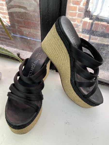 pre-loved Pedro Garcia Wedge Sandals - Black/Tan