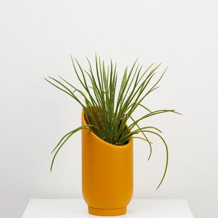 Capra Designs Small Summit Planter - Golden