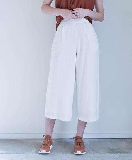 7115 By Szeki Wide Leg Trouser in Off-White