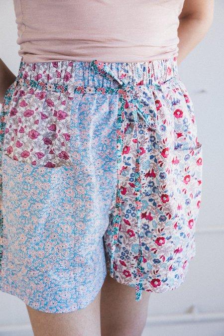 Kasmaria Floral Patch Shorts - Blue