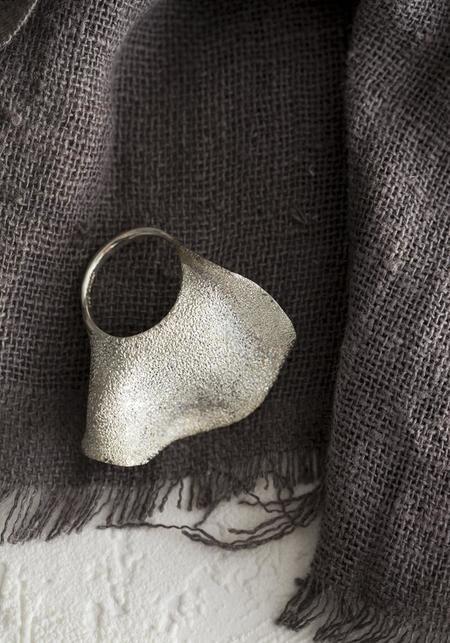 Tego Shimmering Bold Rose Petal Ring - Sterling Silver