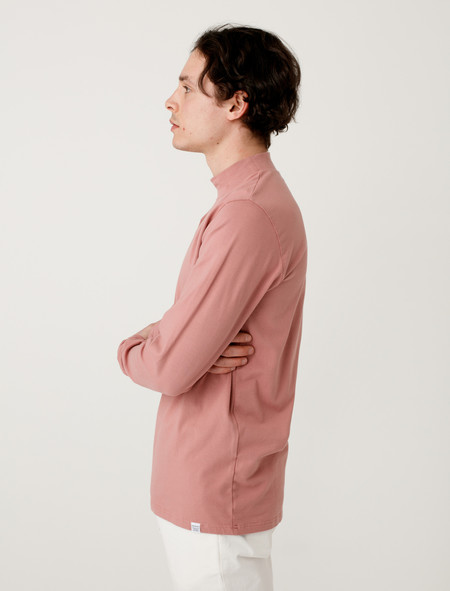 Norse Projects Harald Dry Cotton Fusion Pink