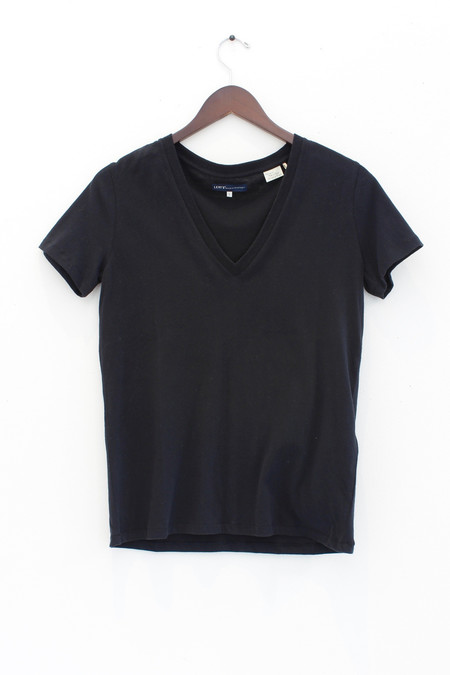 Levis Made and Crafted Levi's V-neck T-shirt