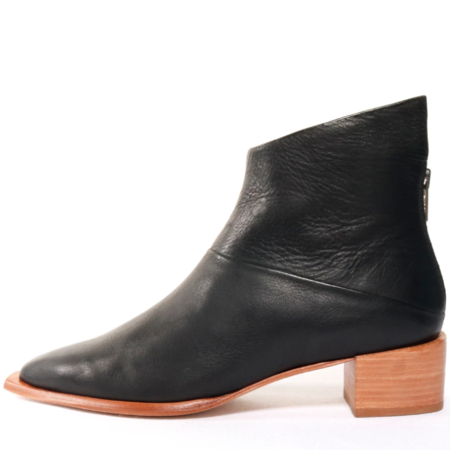 Wal and Pai ankle bootie - Acari Black