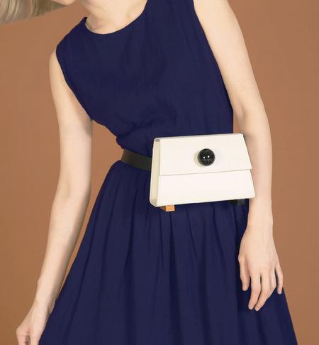 MATTER MATTERS Mini Trapezoid belt bag • White