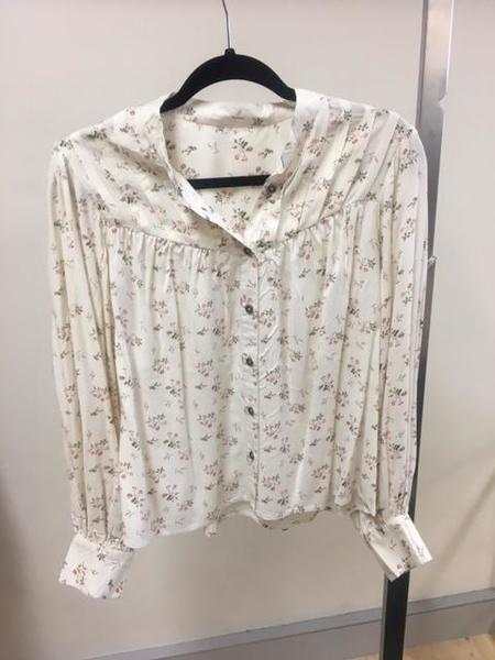 Jen's Pirate Booty sample Icon Blouse - White Floral