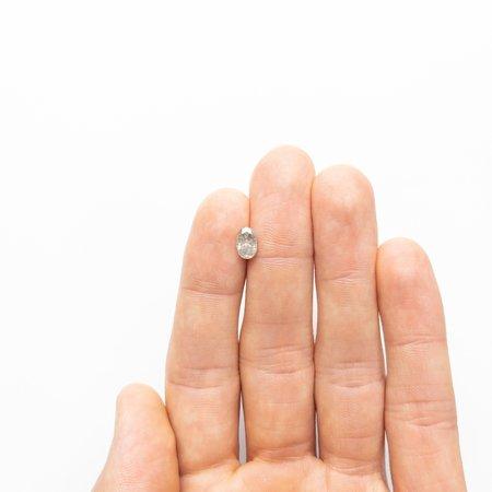 Misfit Diamonds Oval Brilliant - Grey Salt