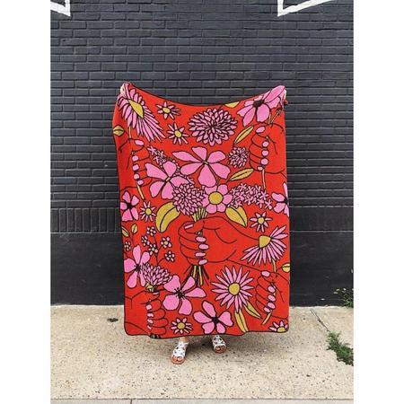 Calhoun & Co. Thinking of You Knit Blanket - MULTI