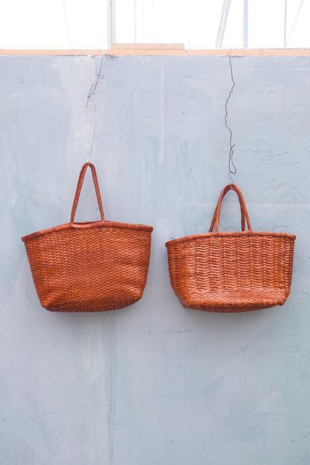 Dragon Diffusion B Weave Basket - Tan