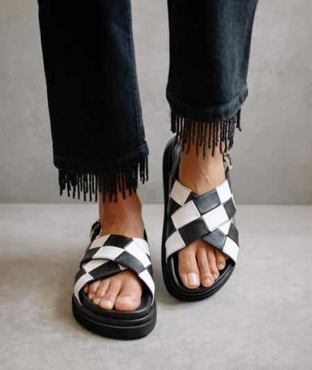 Alohas Marshmallow shoes - Black/White