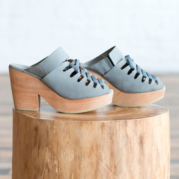 A Detacher Etta Lace-Up Clog Pale Blue
