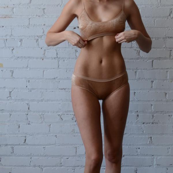 Baserange Base Range Emily Bra Nude Velour