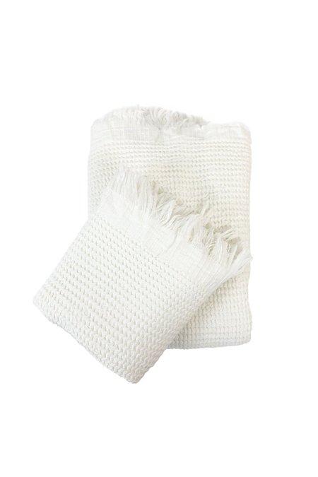 H+E GOOD COMPANY Organic Turkish Waffle Bath Towel - white