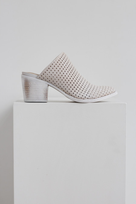 Dolce Vita Kelso perforated heel mule