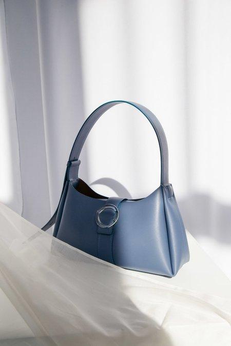 IMAGO-A Nº47 Lucite Buckle Shoulder Bag - Bleu