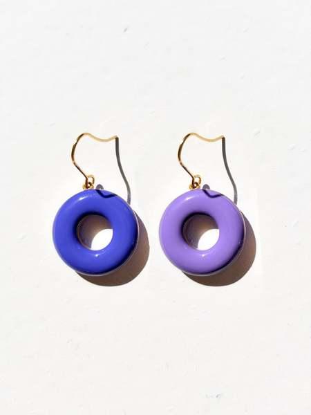 MATTER MATTERS Donut Hook Earrings