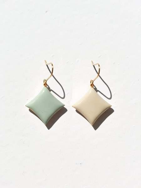 MATTER MATTERS Diamond Hook Earrings