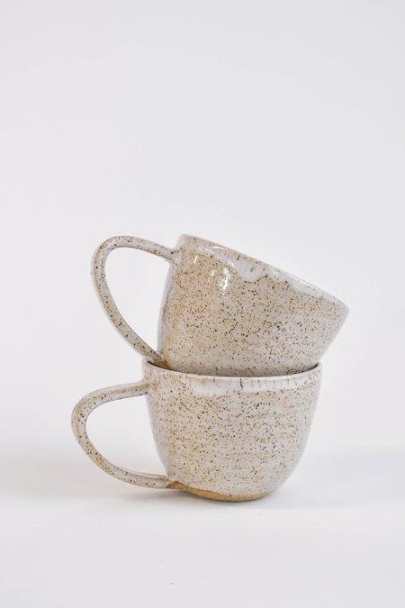 WILD BOWER STUDIO Speckled Flare Mug - NATURAL
