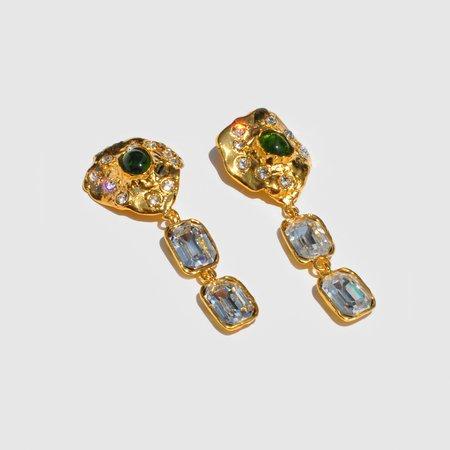 Mondo Mondo Oyster Earrings - 14k gold plated