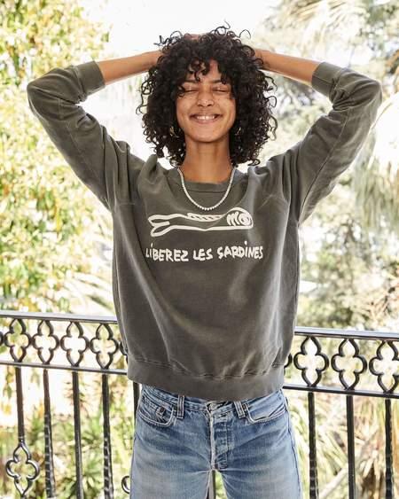 Clare V. Liberez Sardines Sweatshirt - Washed Black