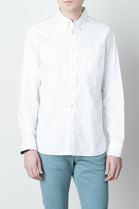 A Kind of Guise Standard Shirt In Washed White
