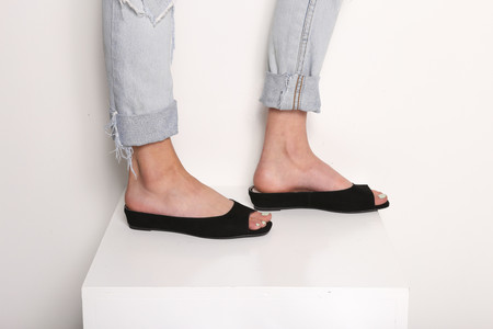 Intentionally Blank SLIPPER Black Suede