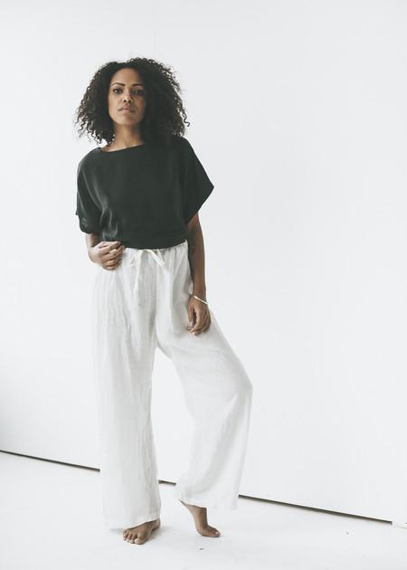 Black Crane - Drawstring Pants in Eggshell