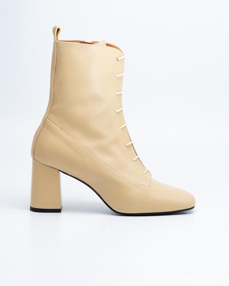 Naguisa Veleta boots - Ecru