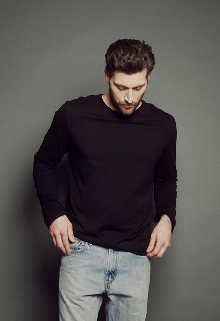 Obakki Relaxed Long Sleeve T-shirt - Blackl