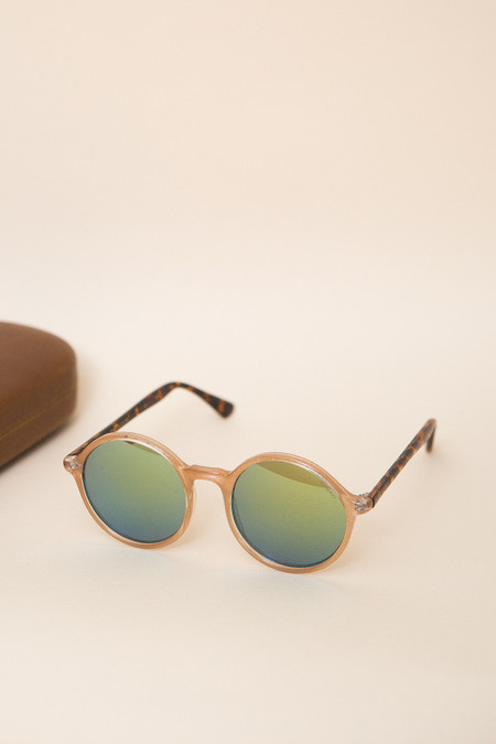 KOMONO Madison Sunglasses - Pearl Tortoise
