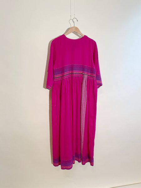 Injiri Shekhawati 02 Wool Dress - Fuchsia