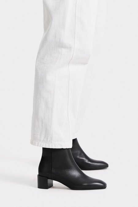 aeydē Leather Linn Boot - Black