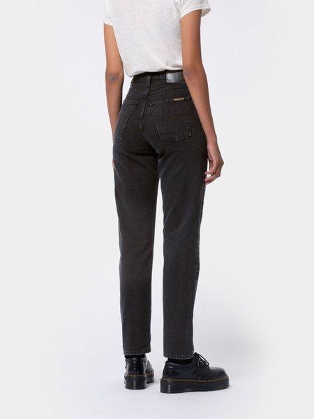 Nudie Jeans Breezy Britt Jeans - Black Worn